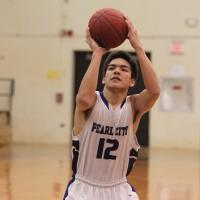 Pearl City qualifies for state tourney with 46-30 win over Campbell (2/13/2013)
