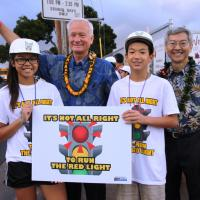 Pearl City students deliver traffic safety message during morning rush hour