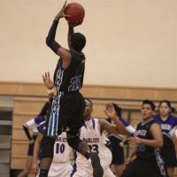 Kapolei defeats Pearl City 47-44 in overtime to remain unbeaten (1/26/2013)