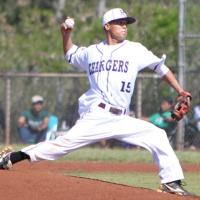 Pearl City doubles up on Leilehua 12-6 in OIA Red West Division varsity baseball