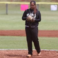 Baker&#039;s no hitter blanks Pearl City 2-0, Mililani finishes regular season 12-0 