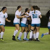 King Kekaulike stops Pearl City 2-0 to reach state championship match against Ka