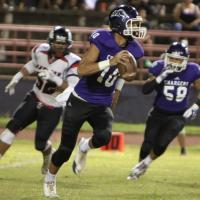 Taamu light's up Radford for 5 TD's to lift Pearl City over Radford 35-20 (10/25