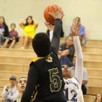 McKinley ends Pearl City's OIA Championship bid 42-29 in opening round (2/13/201