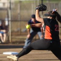 Favela pitches Campbell past Pearl City 10-5 (3/15/2016)