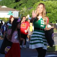 hoto Gallery 2: Annual 2018 Pearl City Christmas Parade (12.2.2018)