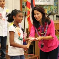 Pearl City Elementary says Aloha to 6th grade class
