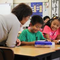 Momilani Elementary 3rd graders introduced to 4 Way Test, receive free dictionar