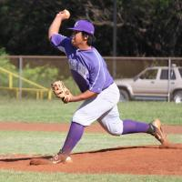 Pearl City goes home after 5 complete with 11-1 win over Waianae (3/25/11)
