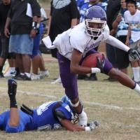 Pearl City opens regular season with 47-6 win over Anuenue (8/20/11)