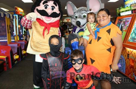 Pearl City Shopping Center Annual Keiki Costume Contest & Trick or Treat Parade