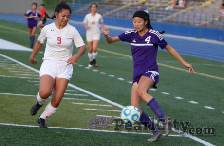 Pearl City beats Roosevelt 5-0 in opening round of OIA Division I Girls Soccer C