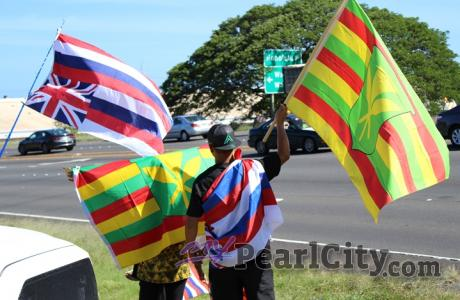 SIGNS + ALOHA FOR MAUNA KEA in Pearl City