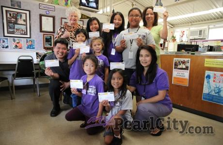 Pearl City Elementary receives $1000 donation from Pearl City Shopping Center