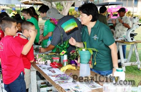 600 plus 5th graders attend Oahu Agriculture and Awareness Day at the UGC in Pea