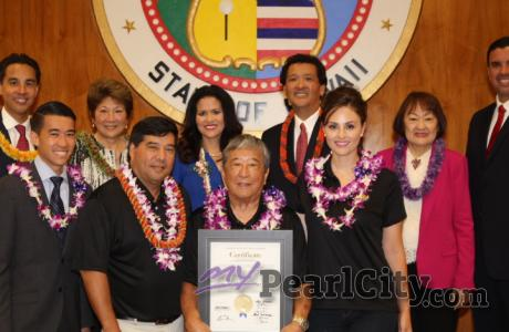 Pearl City Community Association honored by Honolulu City Council
