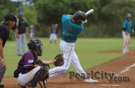 6 run, 6th inning rally propels Kapolei over Pearl City 9-3 (2/25/2017) Colby Fu