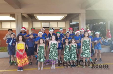 Palisades Elementary Ukulele Club wins 1st place at Pearl City Christmas Parade
