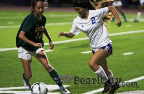Pearl City Lady Chargers blank Leilehua 10-0, finish regular season undefeated a