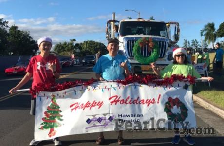 Pearl City Christmas Parade powers in the Spirit of the Holidays!