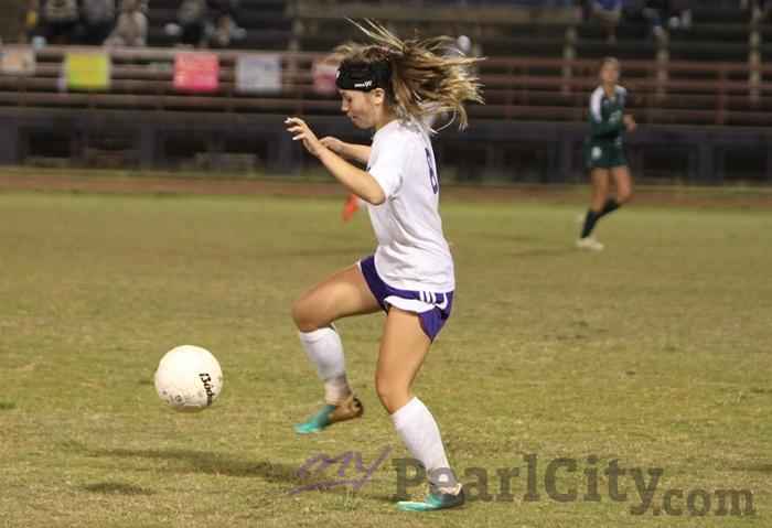 Pearl City Aiea Play To 2 2 Tie In Oia Girls Soccer