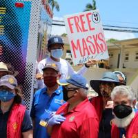 "Rotarians join Every1ne to distribute 6000 ""free"" masks to Wahiawa community (5."