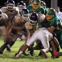 Kaimuki moves on to OIA Championship with 14-13 over Pearl City (10/22/10)