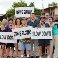Community volunteers join HPD to slow down traffic in Pearl City