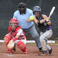 Pearl City advances to OIA quarterfinals with 6-3 win over Kalani (4/18/11)